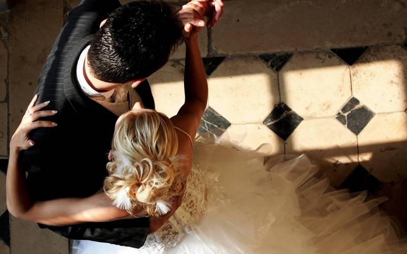 постановка танца на свадьбу в Екатеринбурге в Школе Грации